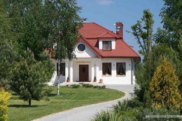 Dom dworek- widok frontu