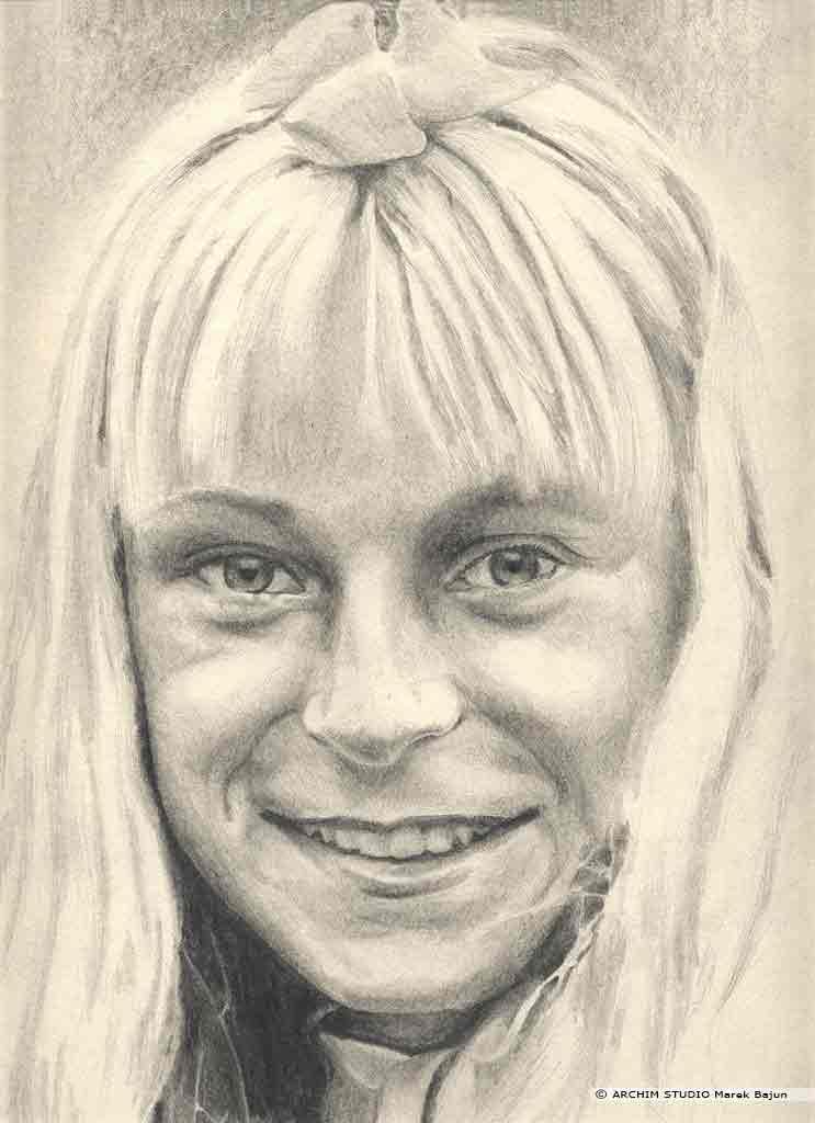 Monika portret narysowany ołówkiem