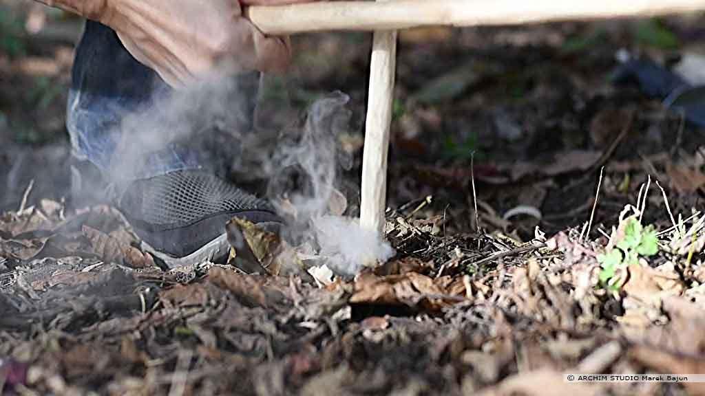Rozpalanie ognia łukiem ogniowym